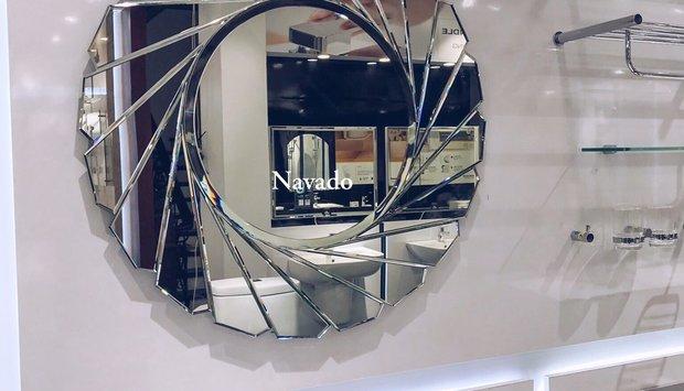 Thiết kế mới lạ hơn với gương phòng tắm nghệ thuật Đà Nẵng.