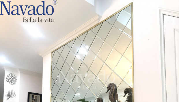Inspired way to décor your space with mirror tiles in interior design.