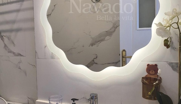 Creative LED mirror design home remodeling ideas