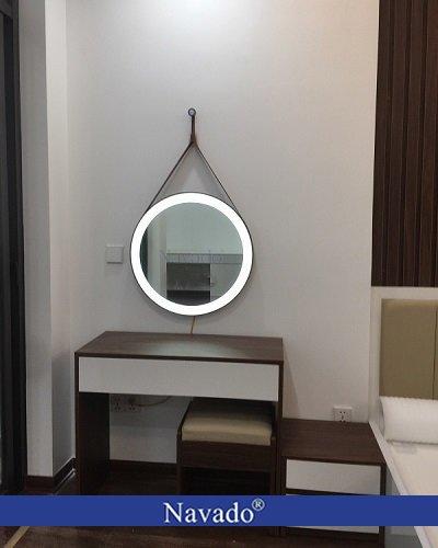Gương tròn đèn led treo dây da Navado 50cm