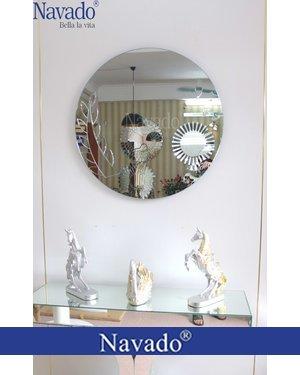 Gương bỉ nghệ thuật trang điểm Elsa Navado