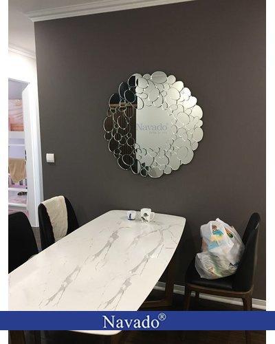 Gương bỉ tròn trang trí nghệ thuật Queen
