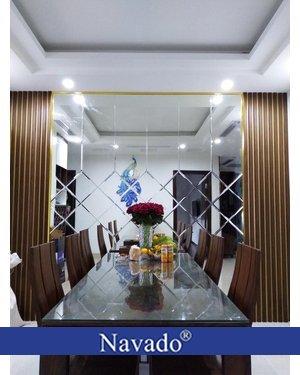 Gương bỉ design ghép ô trang trí phòng ăn