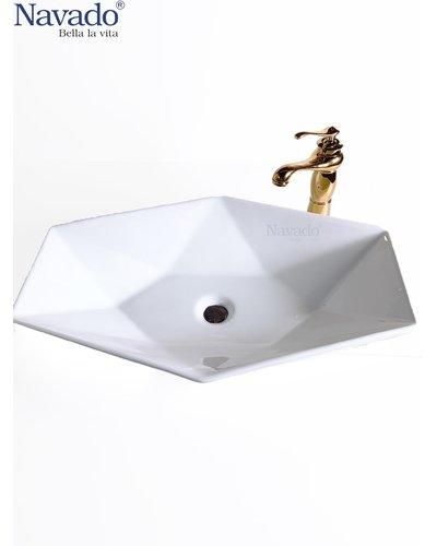 Bộ chậu rửa sứ có vòi hiện đại Đà Nẵng RS1077