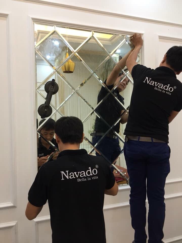 Gương ghép tường nghệ thuật phòng khách Đà Nẵng